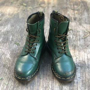 Dr Martens MIE 1460 Green Leather Boots ❤️